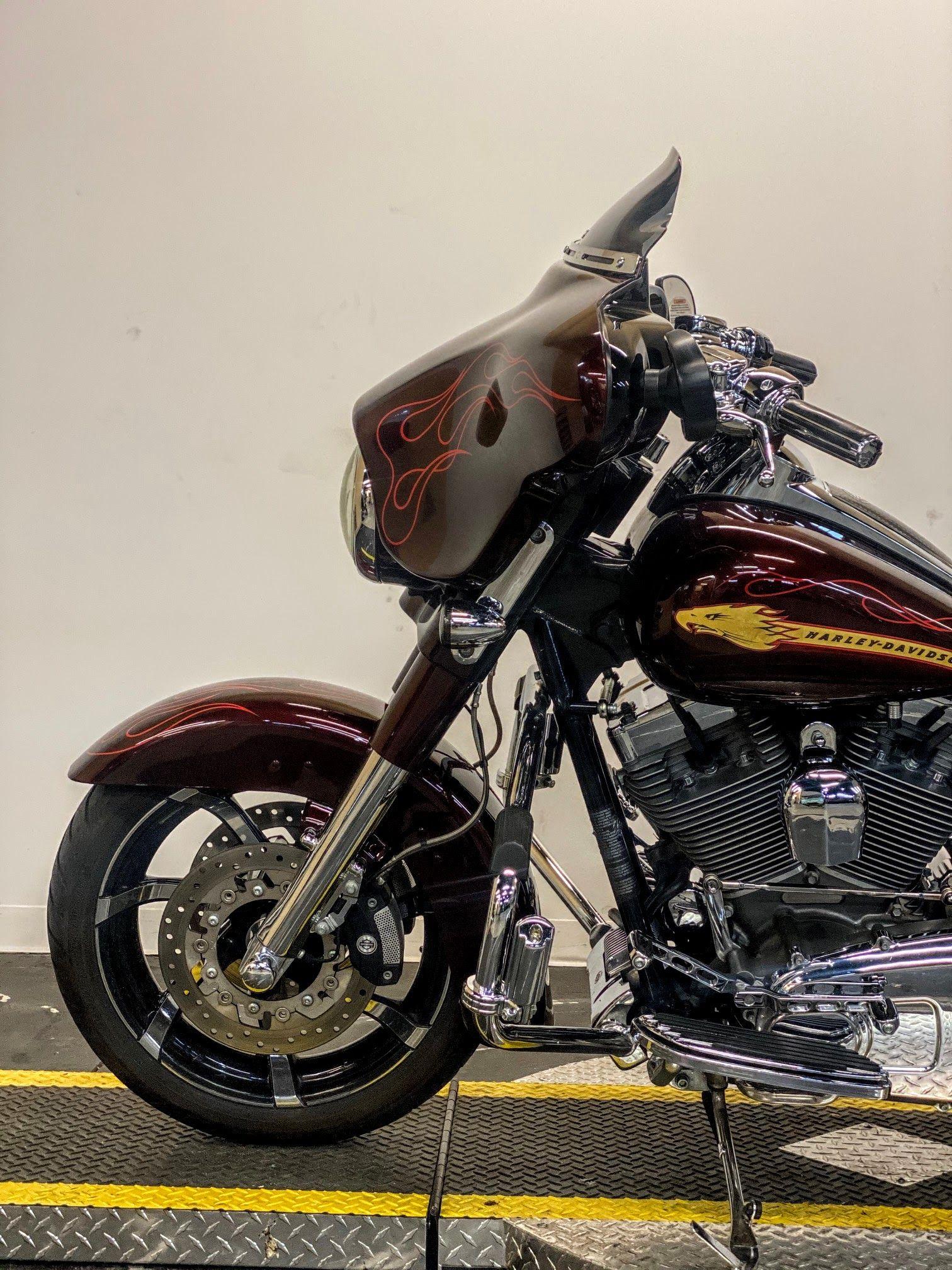 Pre-Owned 2010 Harley-Davidson CVO Street Glide FLHXSE