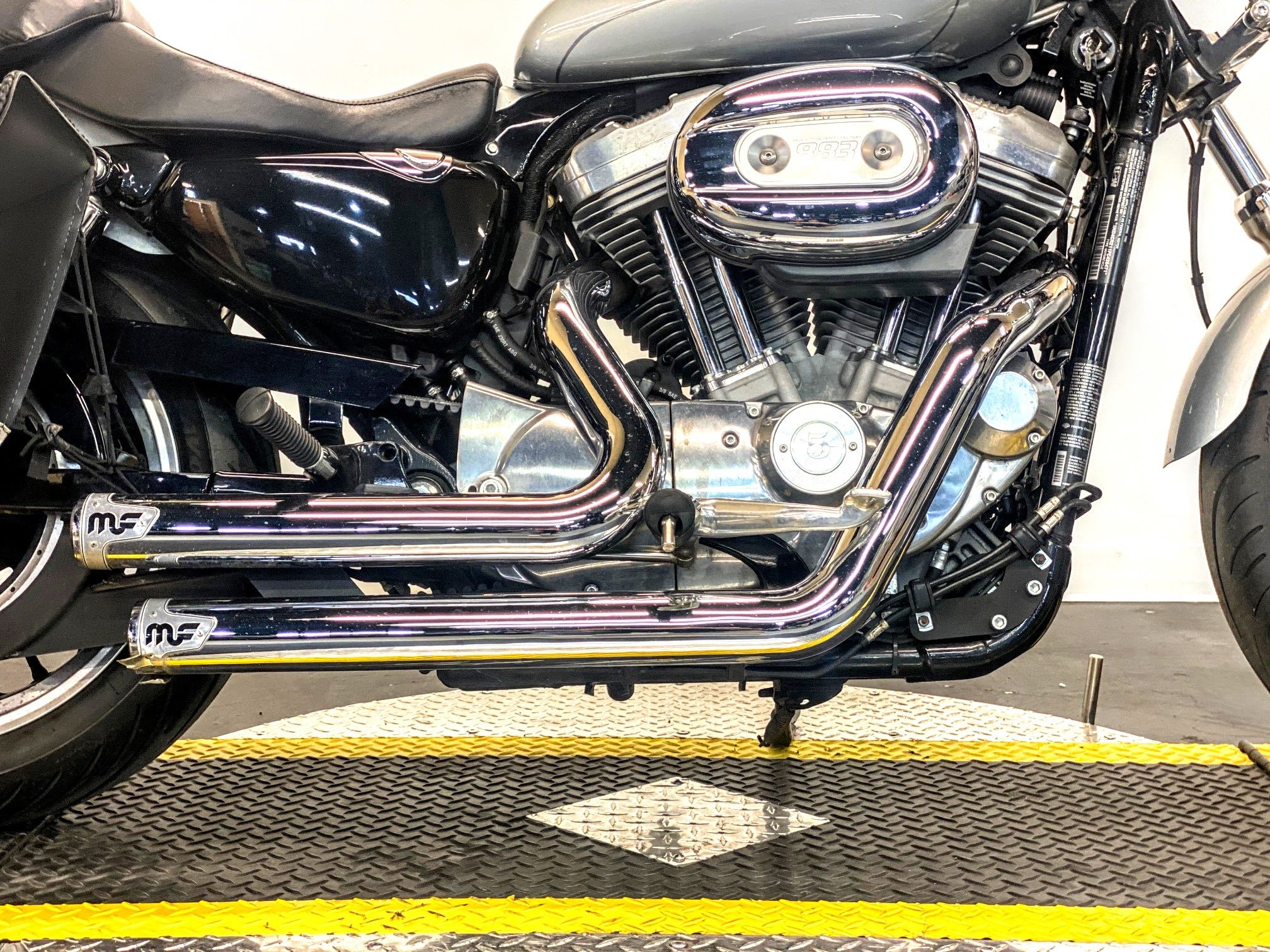 Pre-Owned 2015 Harley-Davidson SuperLow XL883L