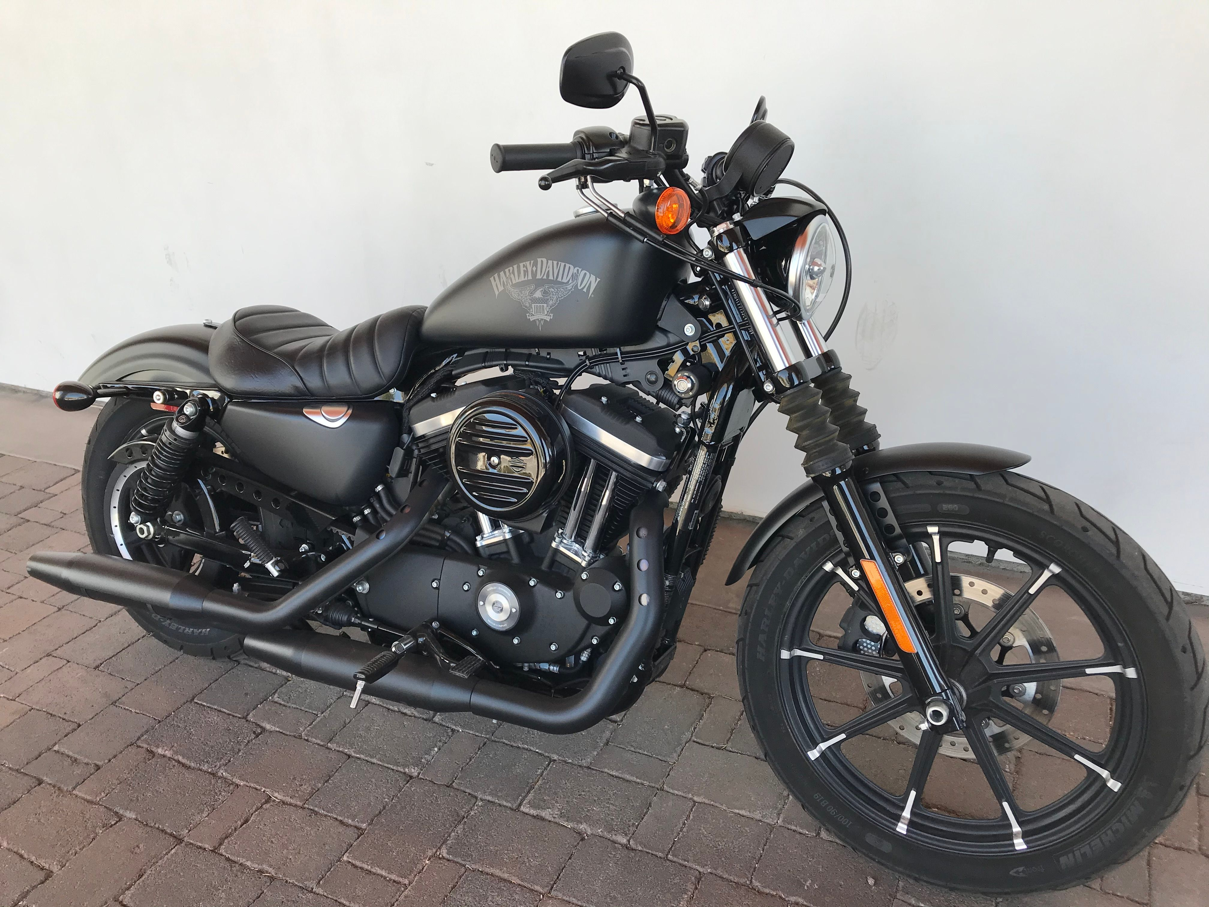 Pre-Owned 2018 Harley-Davidson Iron 883