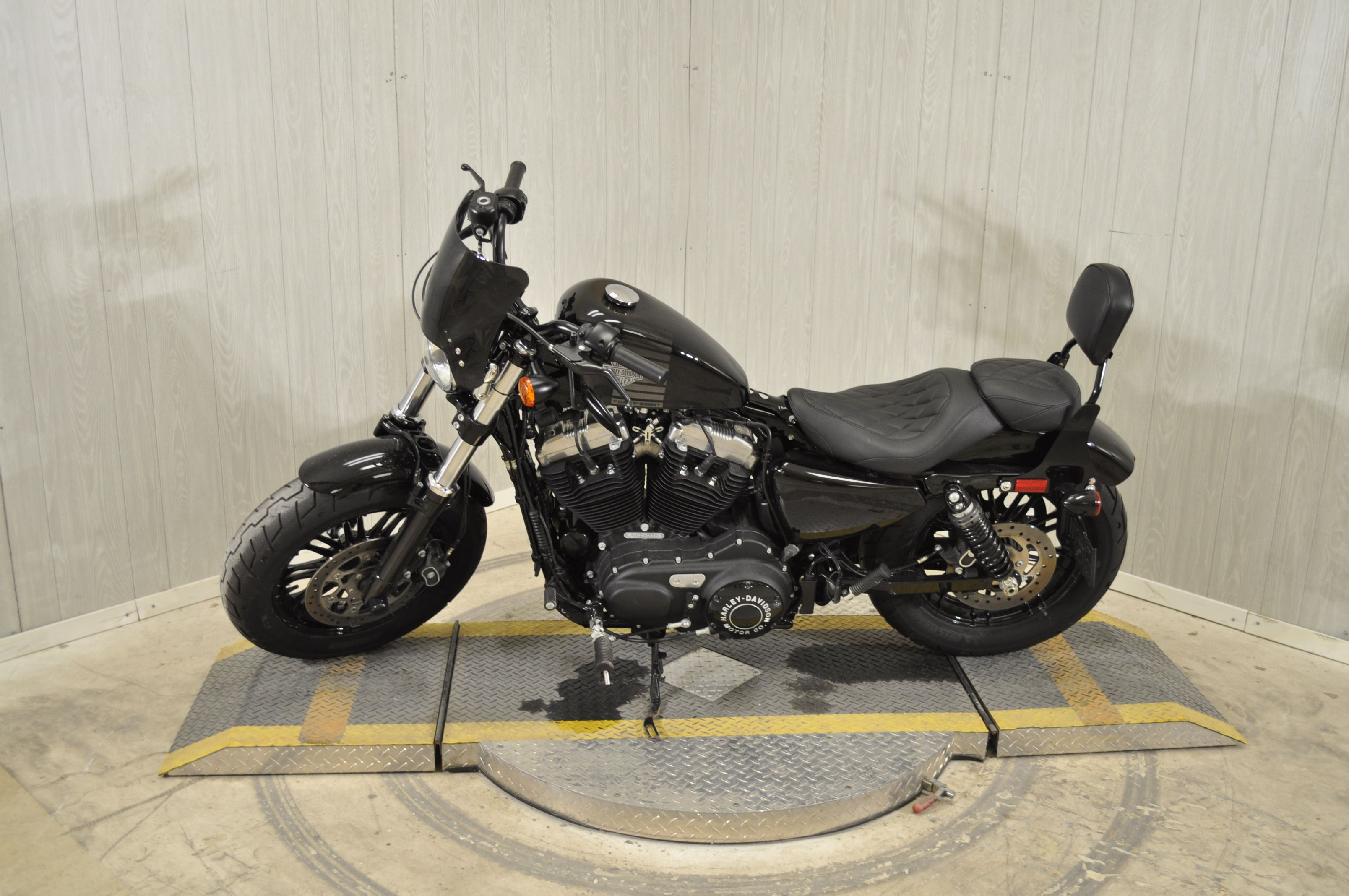 Pre-Owned 2017 Harley-Davidson Forty-Eight XL1200X